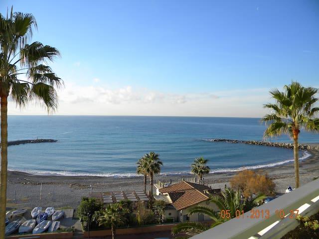 appartamento bilocale sul mare - Ventimiglia - Byt