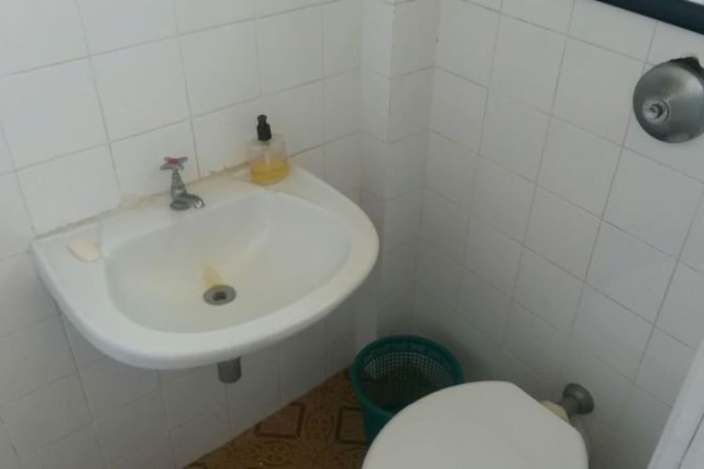 banheiro 2  / area de serviço