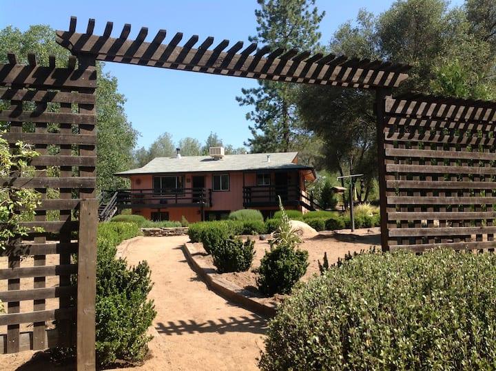 Garden Suite at Yosemite Dreams