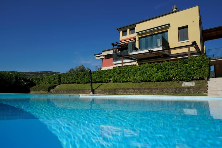 GardaLake BlueParadise-lake view,swimmingpool view