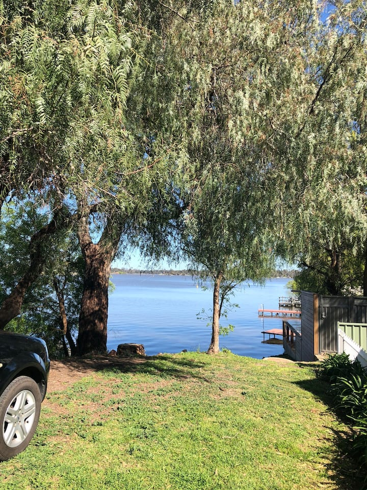House Lake Nagambie