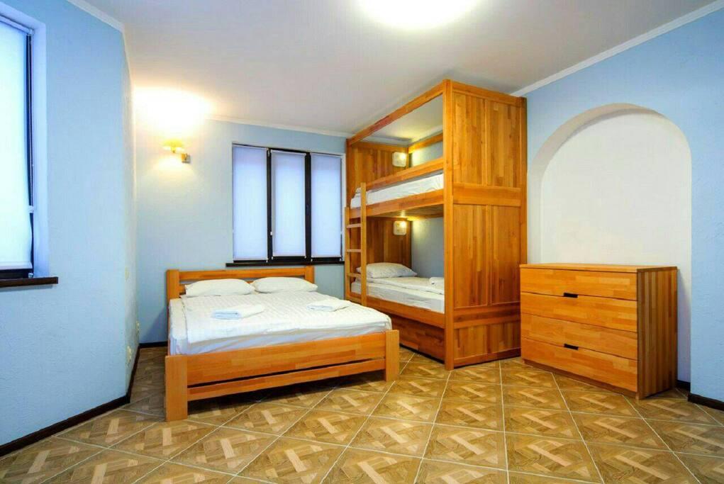 Однокомнатный апартамент - комната