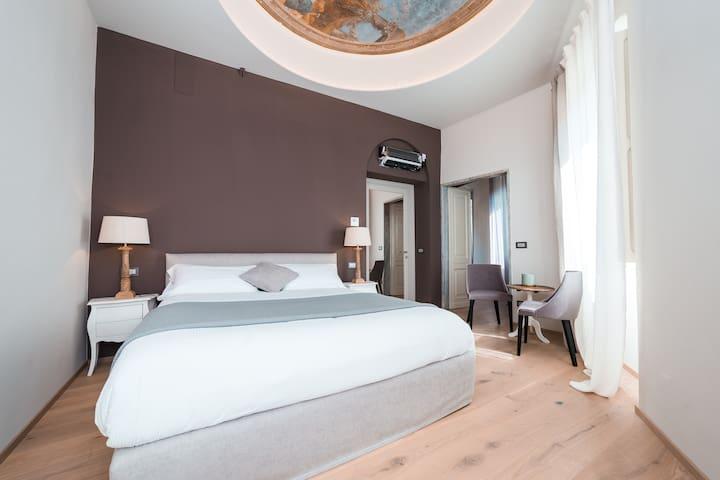 """Villa Riviera:  suite with terrace """"Santa Giulia"""""""
