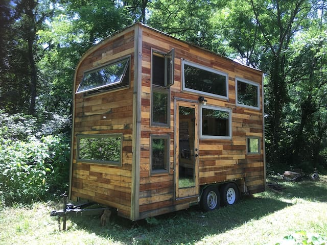 Tiny Home Away From Home: Snails Away