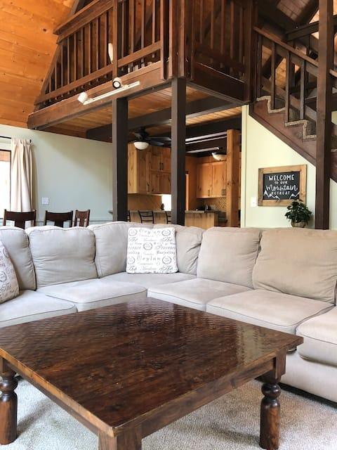 Pines Retreat - Charming Getaway