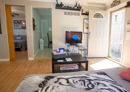 Lights Camera Action: Private Pet Friendly Apt