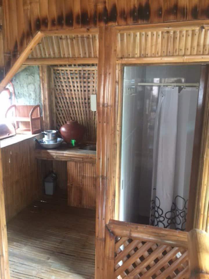 Bahay Pawid Naujan Beach Hut 3 (3pax)