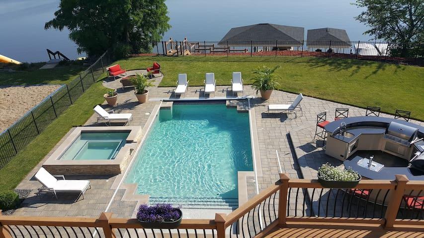 Belleville Lake House