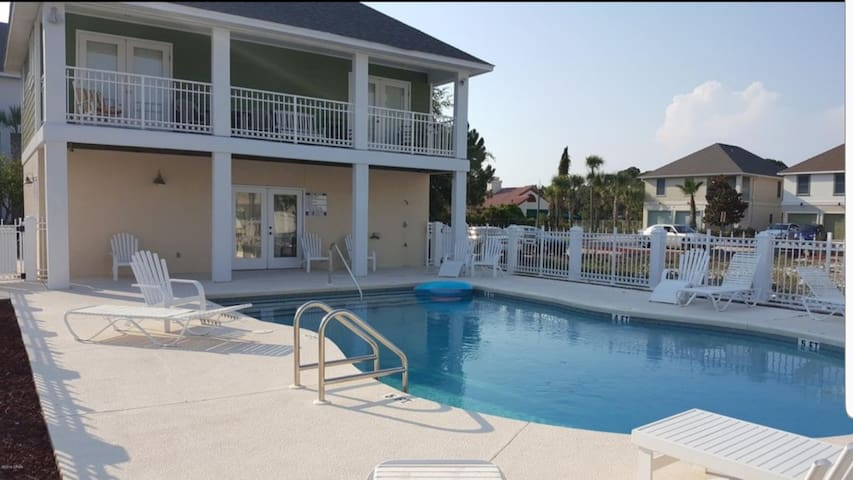 BEST LOCATION: Entire Townhouse in Heart of PCB
