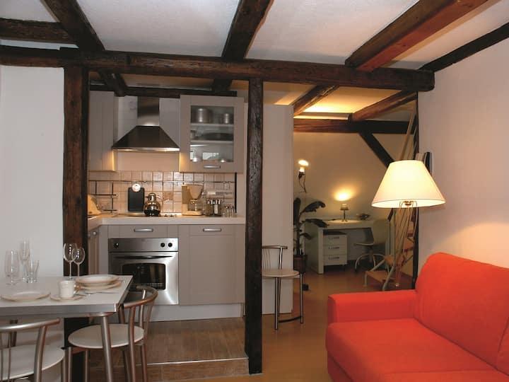 Apartment-Premium-Eigenes Badezimmer-Balkon-W3