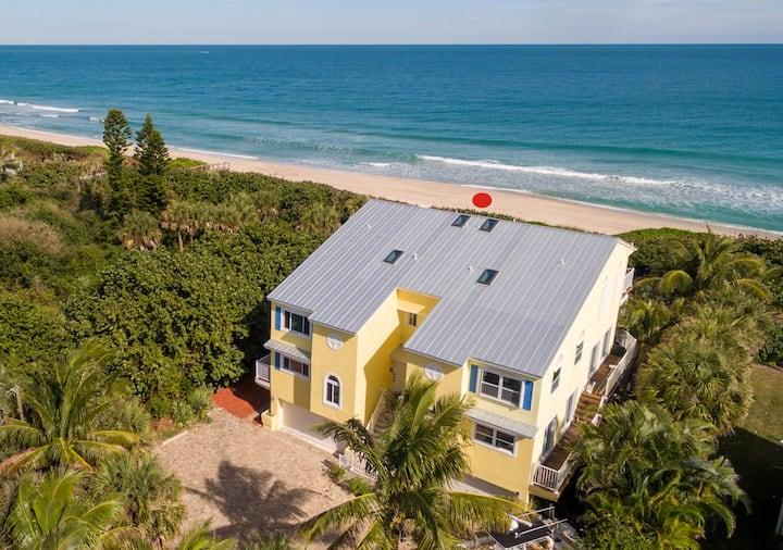 The Turtle Spot - Green - Beachfront Unit