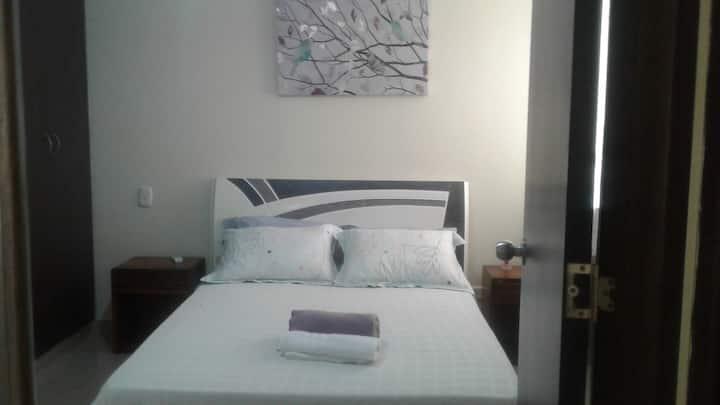 confortable habitación cerca a C.C BUENAVISTA
