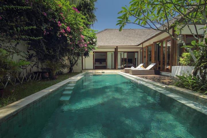 3 Bedroom Private Villa+Pool NIng-Aloo Walk-Beach