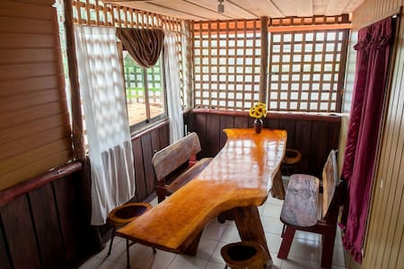 Casa Tica Rio Fortuna - La Fortuna - House