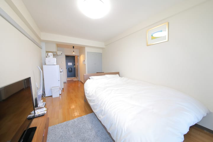 6 min -Sapporo Sta./Cozy Modern Room(705)