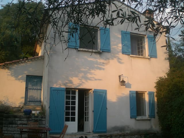Tavernes: coin de paradis, piscine - Ribaute-les-Tavernes - Haus