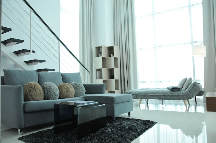 SEAFRONT Duplex Suite Georgetown - Georgetown - Appartamento