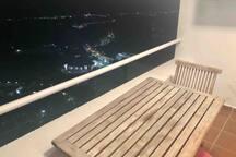 Vista de la terazza de noche