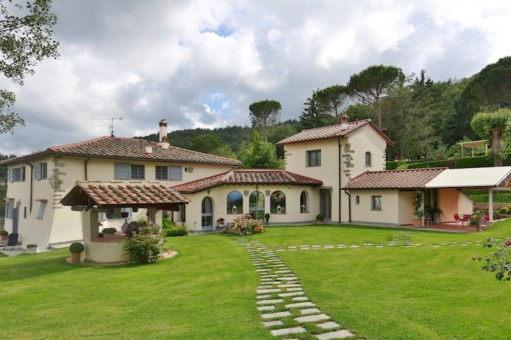 Villa con piscina vicino Firenze