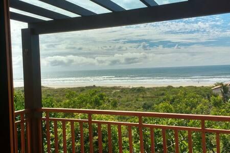 Casa do Sol Nascente - Praia da Vila, Imbituba - Imbituba - Hus