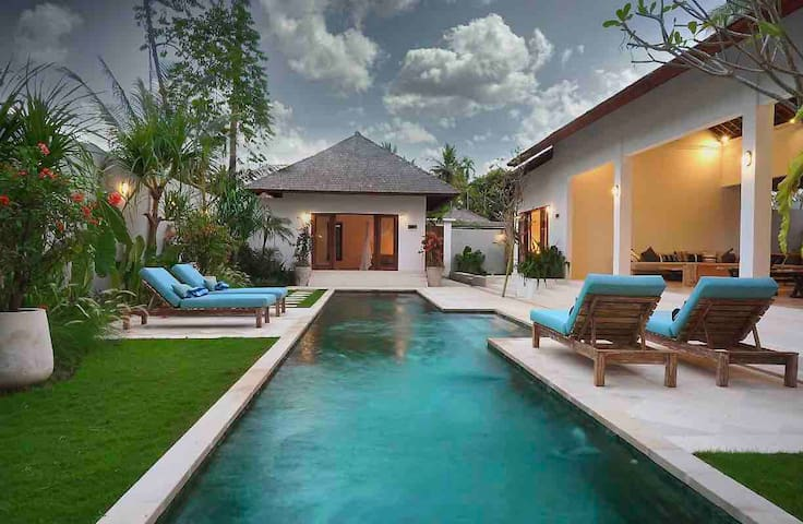 Andama Villa, 3br with large pool!