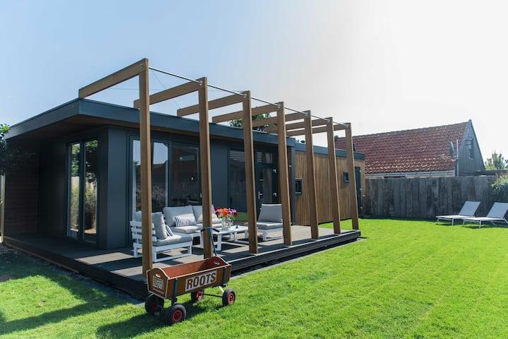 Unique Holiday Home in Callantsoog near Beach