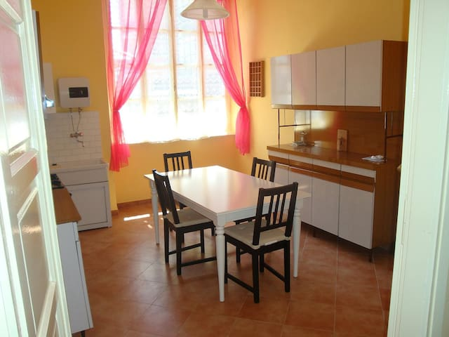 Appartamento in centro a Ceres - Ceres - Apartment