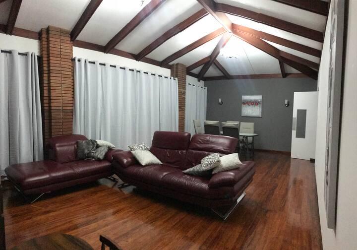 Habitación Privada en Residencia cerca de UCR