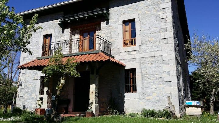 Casa de campo rustica, relax y entorno natural