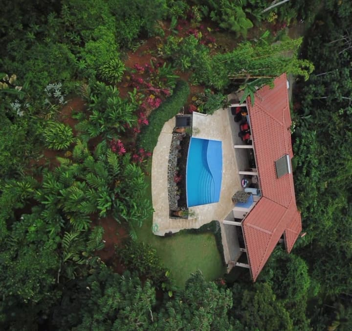 Awesome house and view with an incredible price !!