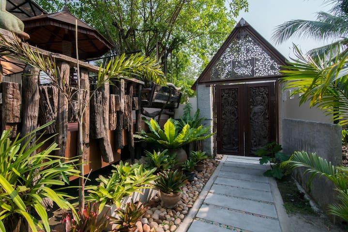 Suankaew Art Cottage (ReuanMhonkaew)