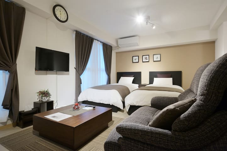 Cozy apartment near Osaka Aquarium, USJ ,WIFI 2-B