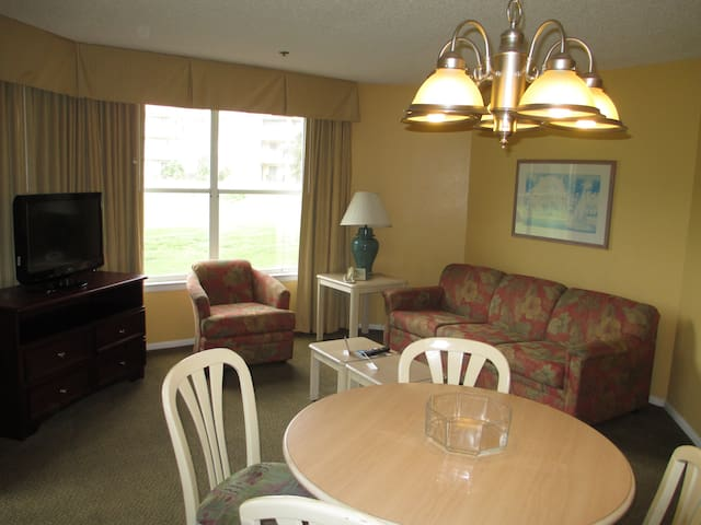 Affordable 1 Bed/1 Bath Standard by SeaWorld