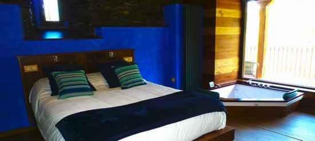 Apartamento En Verde De Luxe con Jacuzzi, El Bosque de las Viñas