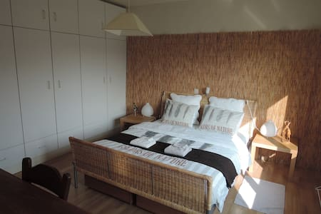 "Nice and quiet room ""heaven"",  breakfast included! - Vosselaar - Bed & Breakfast"