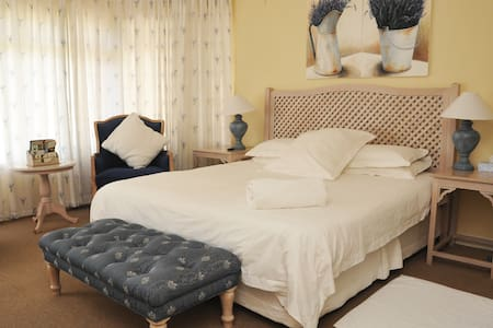 Room 02 - Sandbaai Country House - Sandbaai