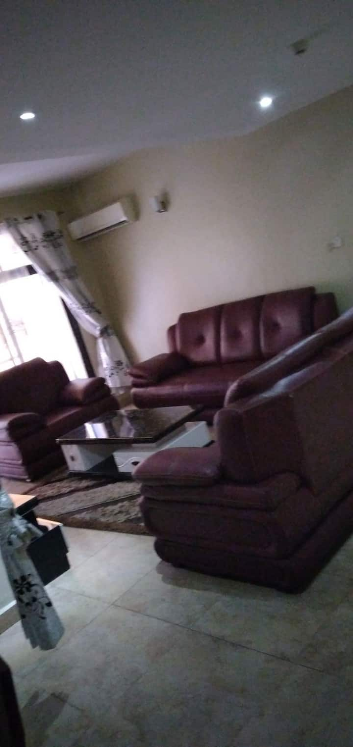 Private and quiet comfy 3 Master bedroom Apartment