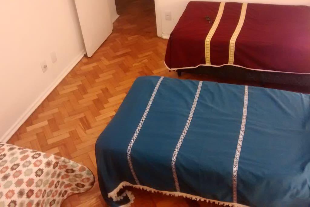 Visao das 3 camas de outro angulo
