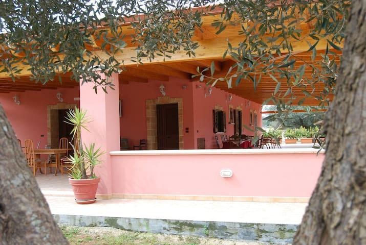 Villa Don Franco - Taurisano - Дом