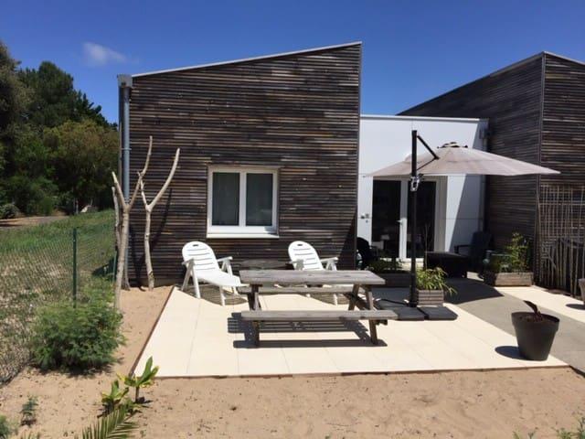 T2 avec jardin à 200m de la plage