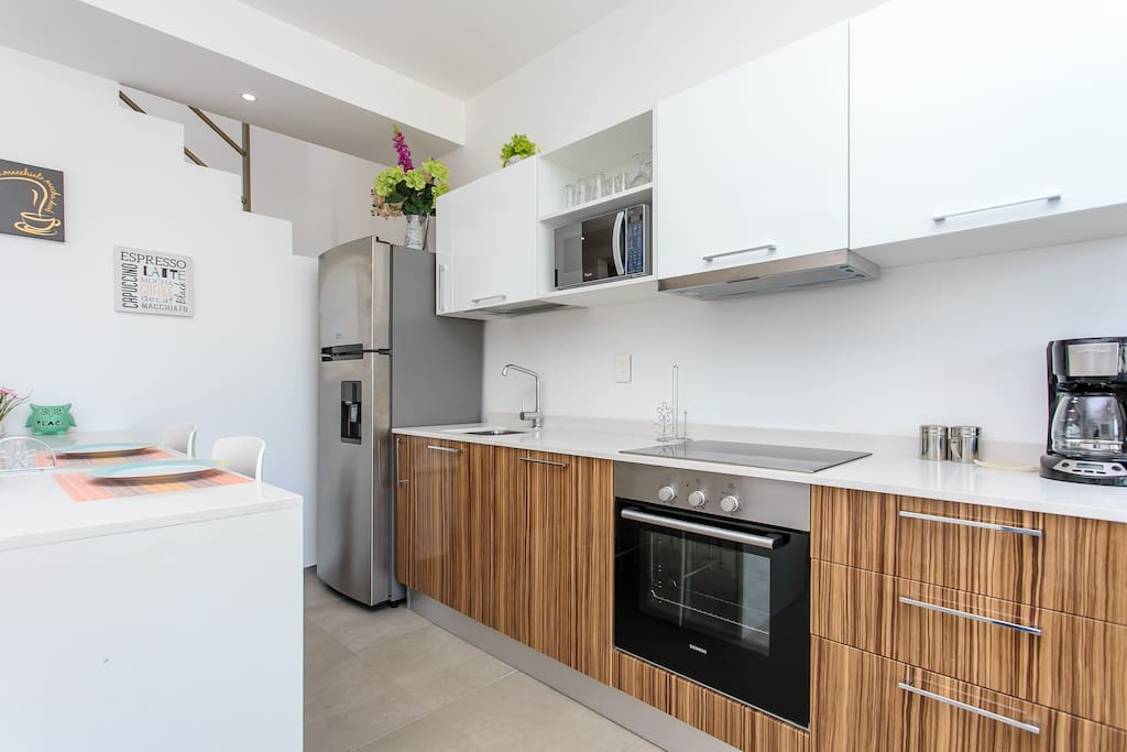 Completly Kitchen