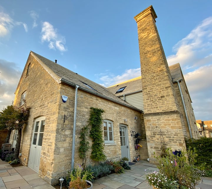 The Steam Mill, a luxury Cotswold barn conversion.