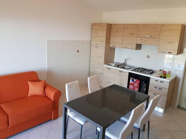 appartamento per famiglie a Piraino Centro