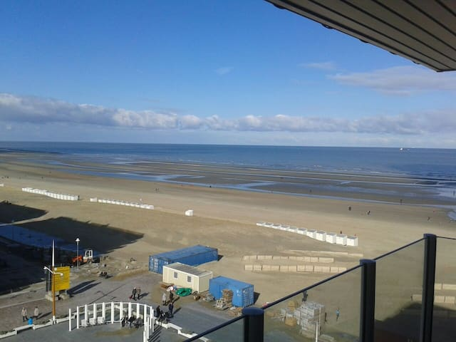 Appartement with spectacular sea view - Nieuwpoort - Apartmen