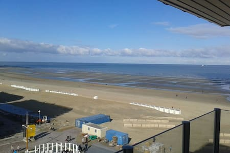 Appartement with spectacular sea view - Nieuwpoort - Lejlighed