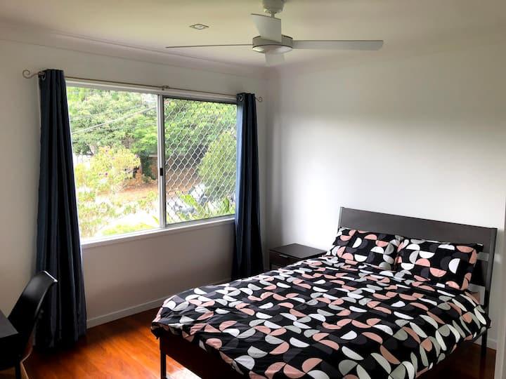Beautiful room in quiet location