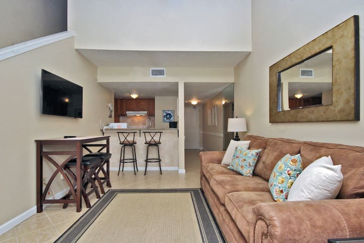Sugar Beach 306 - Budget Friendly with a Lot of Space!  Gulf Front complex in Orange Beach!  Free Wi-Fi, 3 Pools, Tennis Court, and an On Site Snack Shop!
