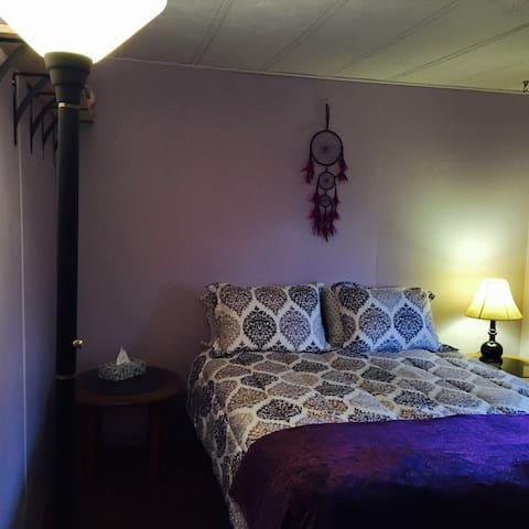 Cozy home between Flagstaff & Sedona. Off 17. - Flagstaff - Huis