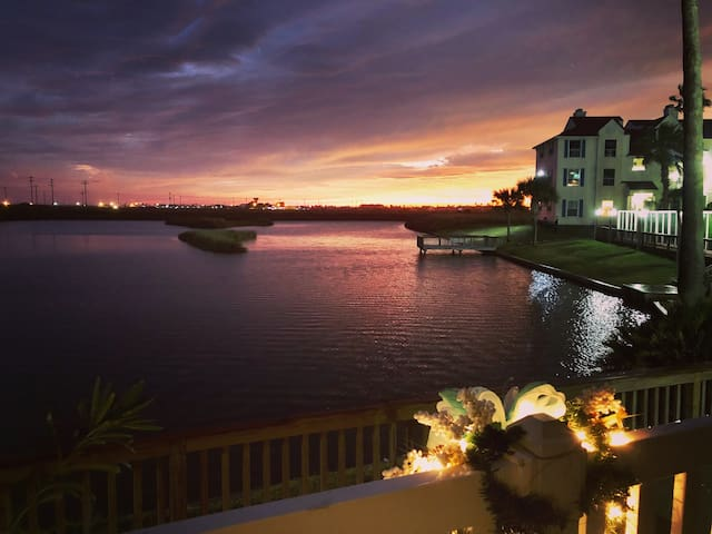Padre Dreams Island Villa
