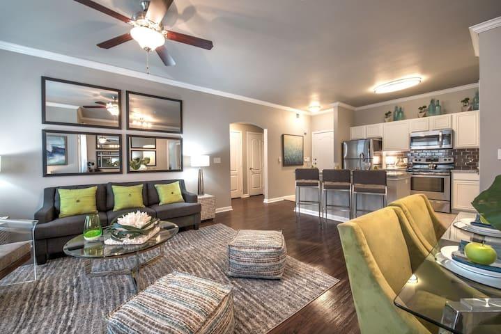 Hotel like studio apt in Irving